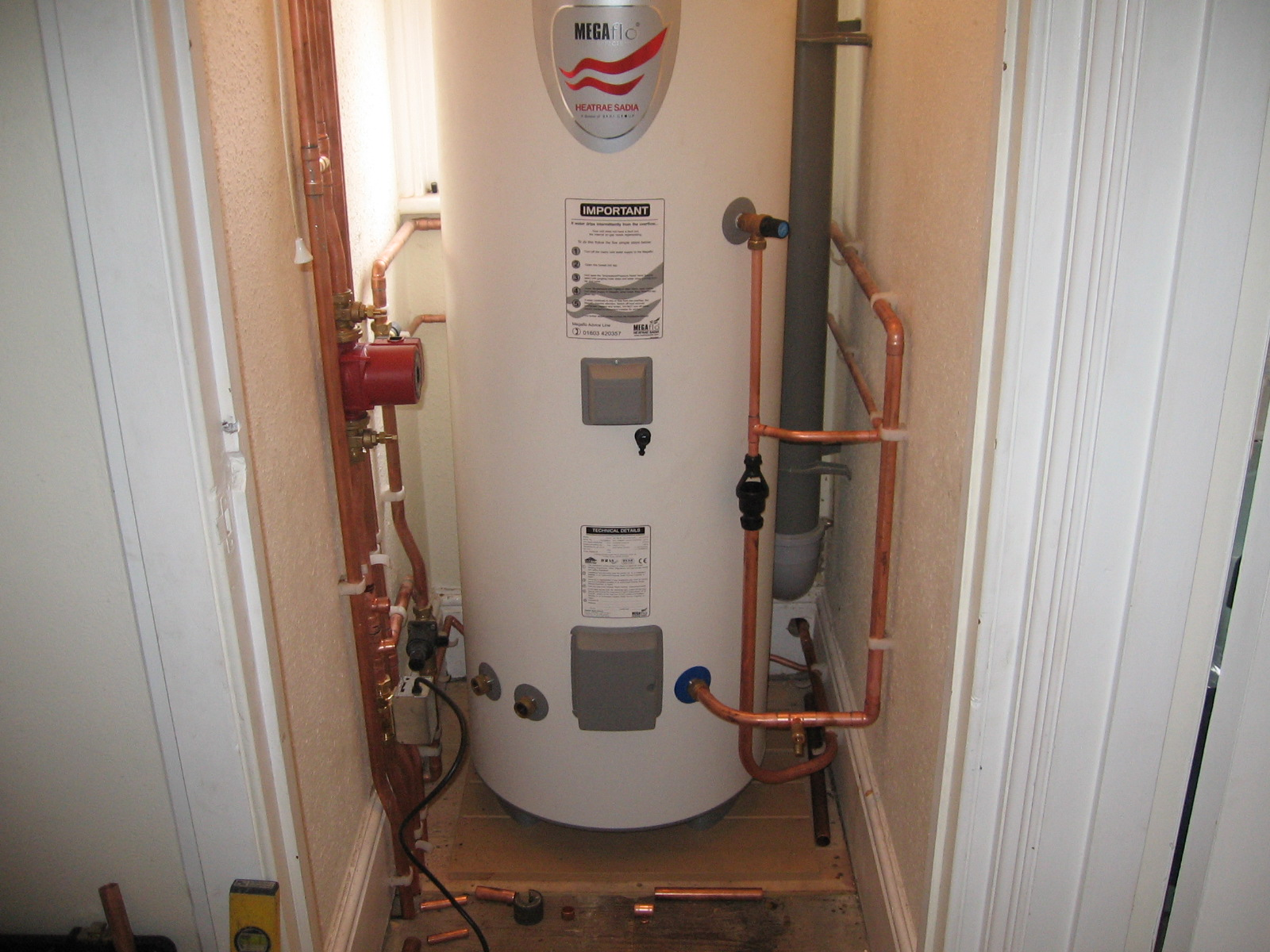 A Guide to Unvented Hot Water Cylinders